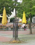 Bild 0 für Gehen illegale Experimente von Bielefeld oder Lübbecke aus?